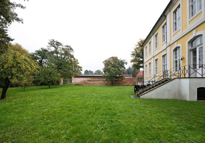 Alte Dechanei mit Havelgarten