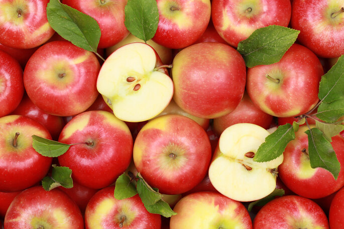 Rote Äpfel für Ihre Tischdekoration- Foto: Shutterstock