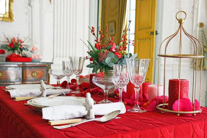Une table romantique décorée pour la Saint-Valentin