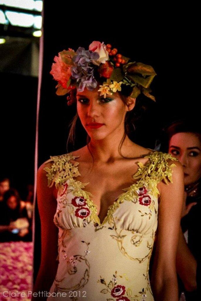 Corona de flores para novias de moda en 2013 - Foto Claire Pettibone Facebook