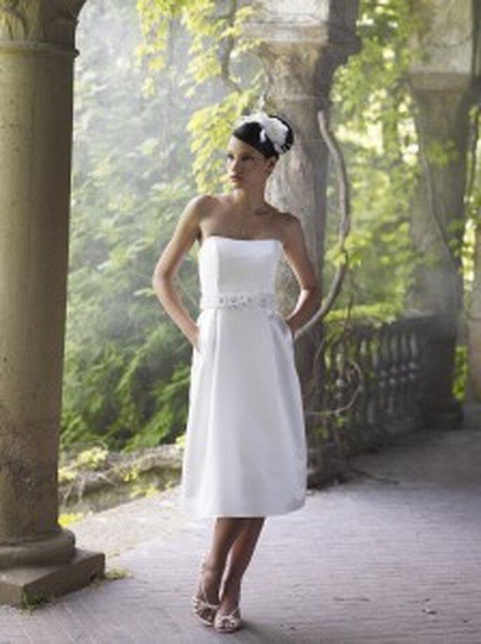 LILLY 2010, 3095 - Corsagenkleid aus Satin im 50er-Jahre-Stil, mit Schmuckgürtel aus Organza