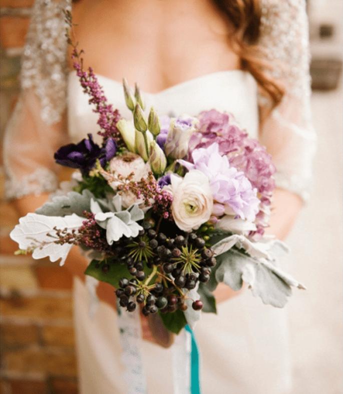 Bouquet de mariée avec une tendance vintage - Photo Brooke Schultz