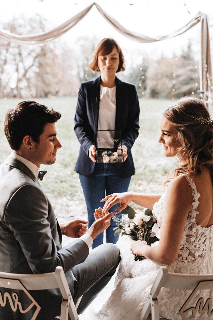 Intime Hochzeit, Eleganz trifft auf rustikalen Flair freie Trauung