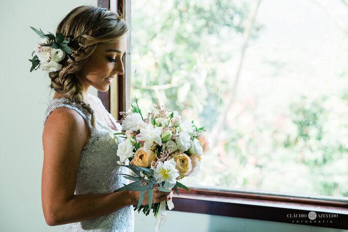 Noiva pronta para casamento rústico