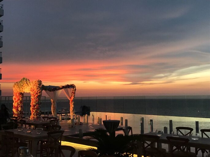 Hotel InterContinental Cartagena de Indias ceremonia frente al mar