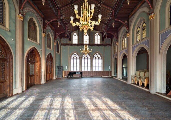 Rittersaal mit Kreuzgang und Friedgarten | DOMEVENTS | Hochzeit