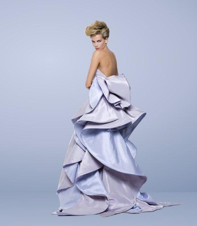E' color del cielo questo abito della Collezione 2012 di Antonio Riva