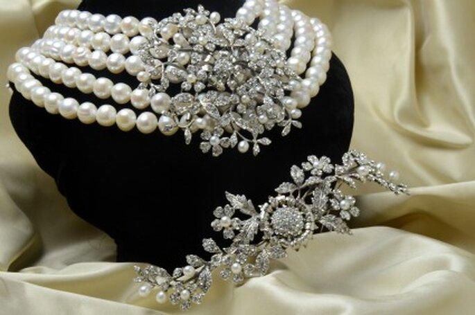"""Collar y tiara inspirados en """"Desayuno con diamantes"""" - Vintage by López-Linares"""