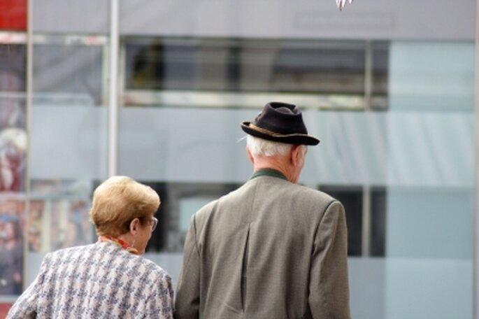 Gemeinsam alt werden. Heiraten im Alter. Foto: Günter Havlena / pixelio.de