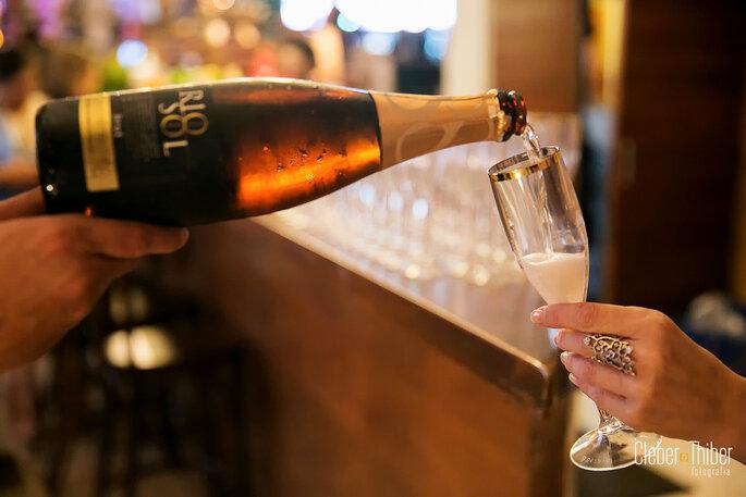 Bar: New Juice Bebidas. Foto: Cleber Thiber Fotografia.