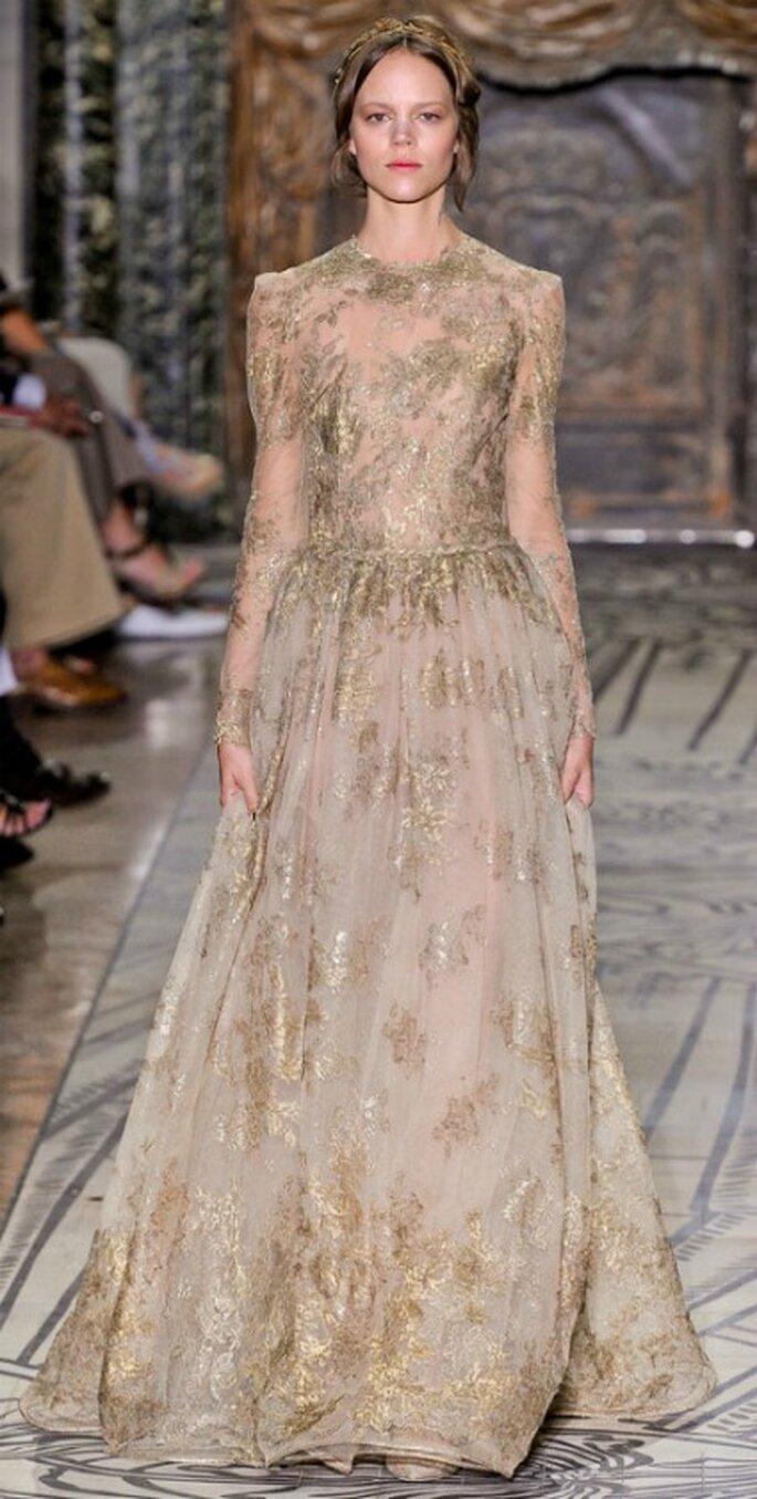 Oro e trasparenze nella Collezione Valentino Haute Couture 2011-2012