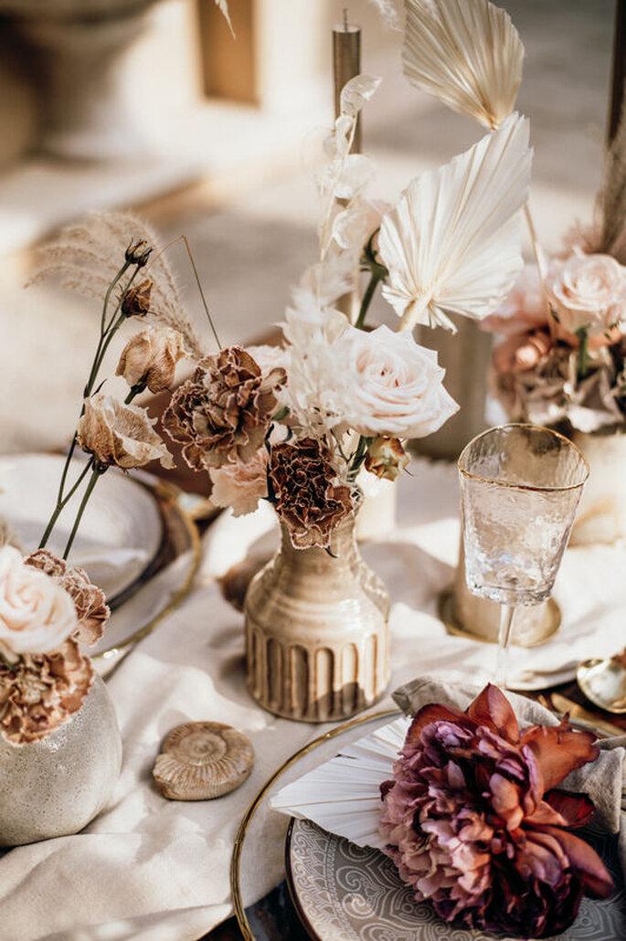 Minimal Boho Tischdekoration Trockenblumen