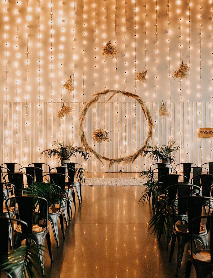 Hochzeitszeremonie Setting im Boho Stil