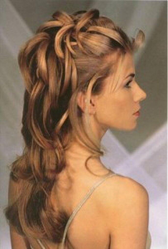 Peinado con horquillas invisibles