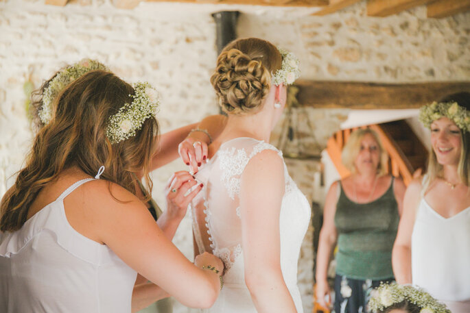 préparation robe mariée- mariage champêtre dans l'Eure-et-Loir