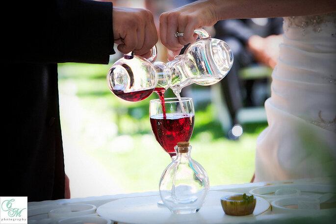 Ceremonia del vino. Foto: Eileen Rivard Villa de Amore