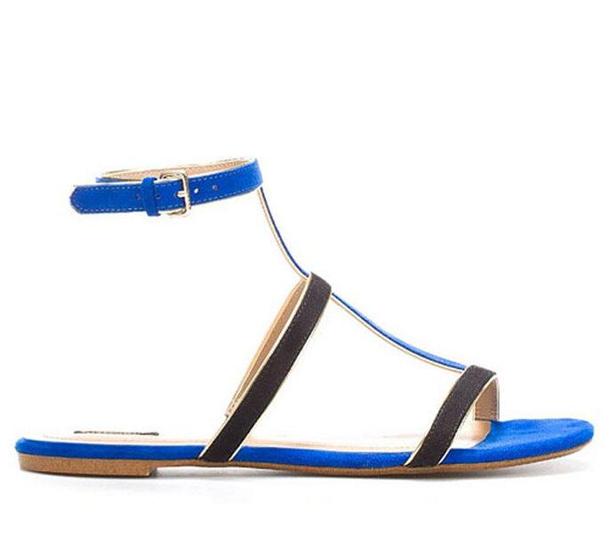 Sandalo alla schiava di Zara blu elettrico. Foto: Zara.com