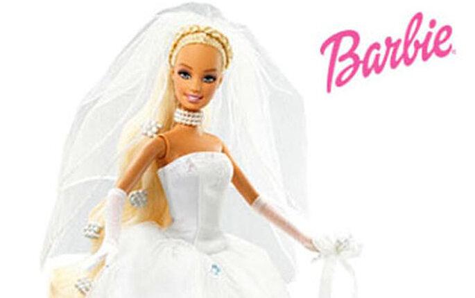 Barbie bride outfit