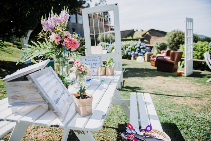 Wedding Creating Moments