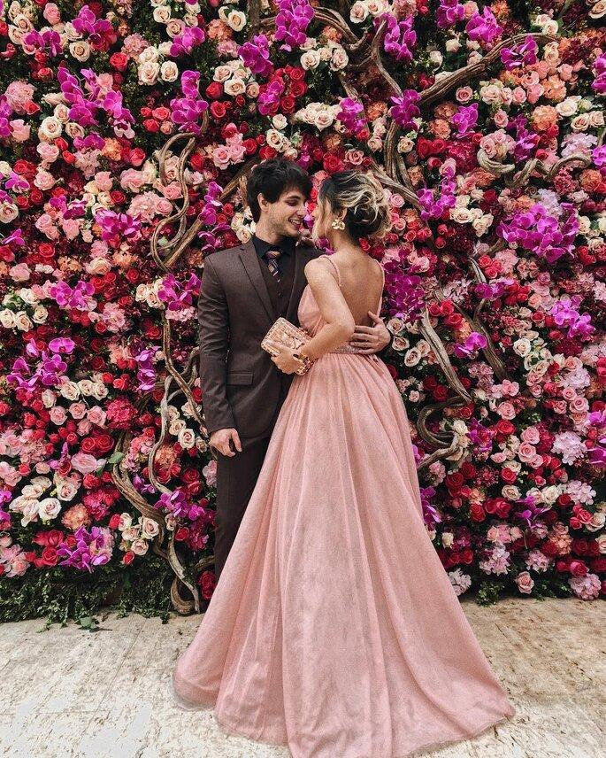 Muro de flores casamento Marina Ruy Barbosa