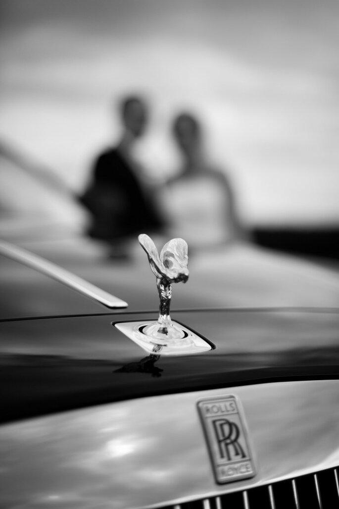 22- voiture mariés - wedding planner ile de france