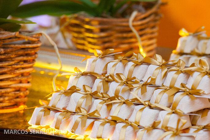 Tips para elegir souvenirs de boda originales y divertidos for Decoracion de cumpleanos adultos