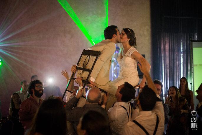 Beijo na festa