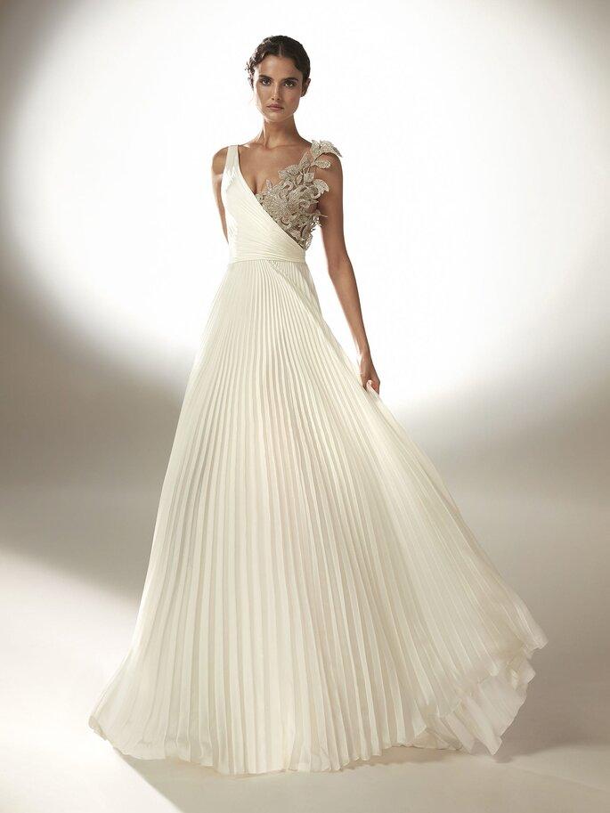 Robe de mariée empire asymétrique