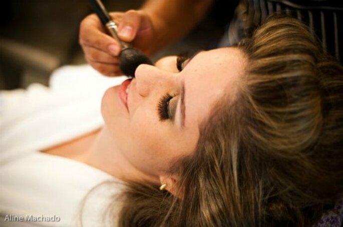 Le maquillage de la mariée dépend de la morphologie de son visage - Crédit photo : Aline Machado