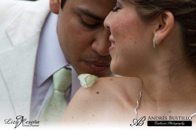 Libera mariposas en tu boda. Imagen cortesia Dione Mariposas