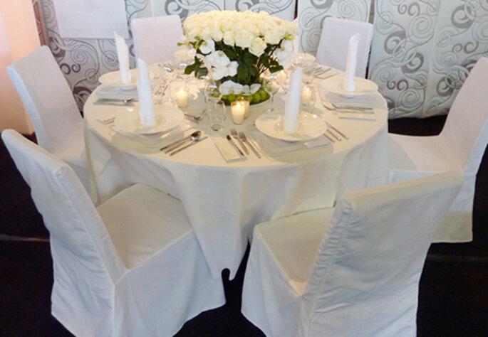 Weiß ist nicht gleich weiß - Vergleicht Farbtöne, Materialien und Stoffe unbedingt im Original.