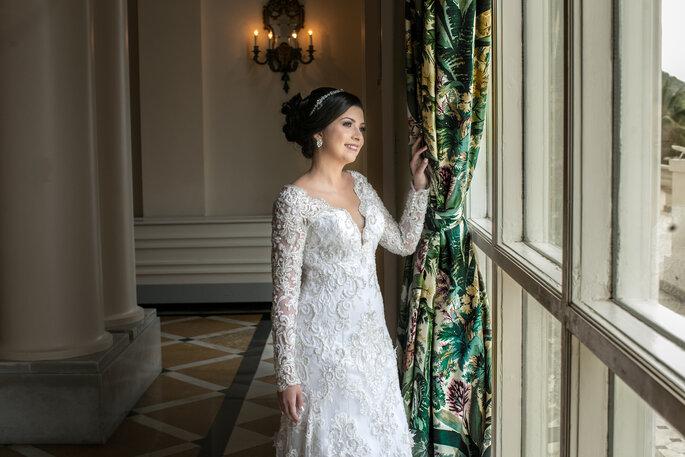 Vestido de noiva: Atelier Marie Lafayette - Foto: Lentes Claras Fotografia