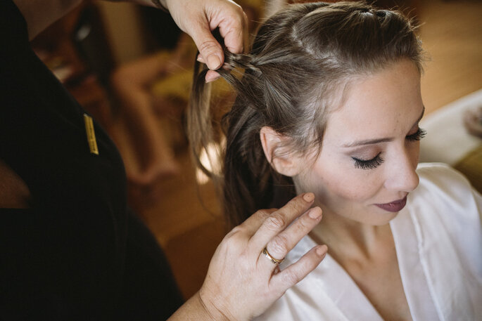 Maquiagem e cabelo da noiva: Rita Fragoso Make Up - Foto: Luciano Mendes Fotografia
