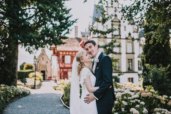 Elena & Ralf im Schlosspark des Schloss Meggenhorn.