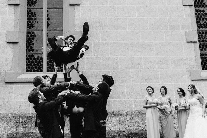 Hochzeitsfotos. Grußßenfotos mit den Gästen