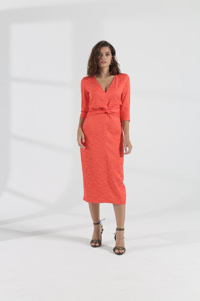 vestido con tejido con diseño para evento de día