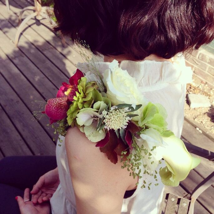 z corsage ombro first wedding