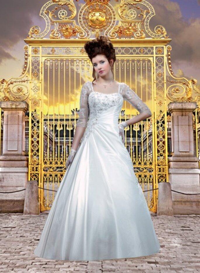 Robe de mariée Col 124-32 - Collector 2012