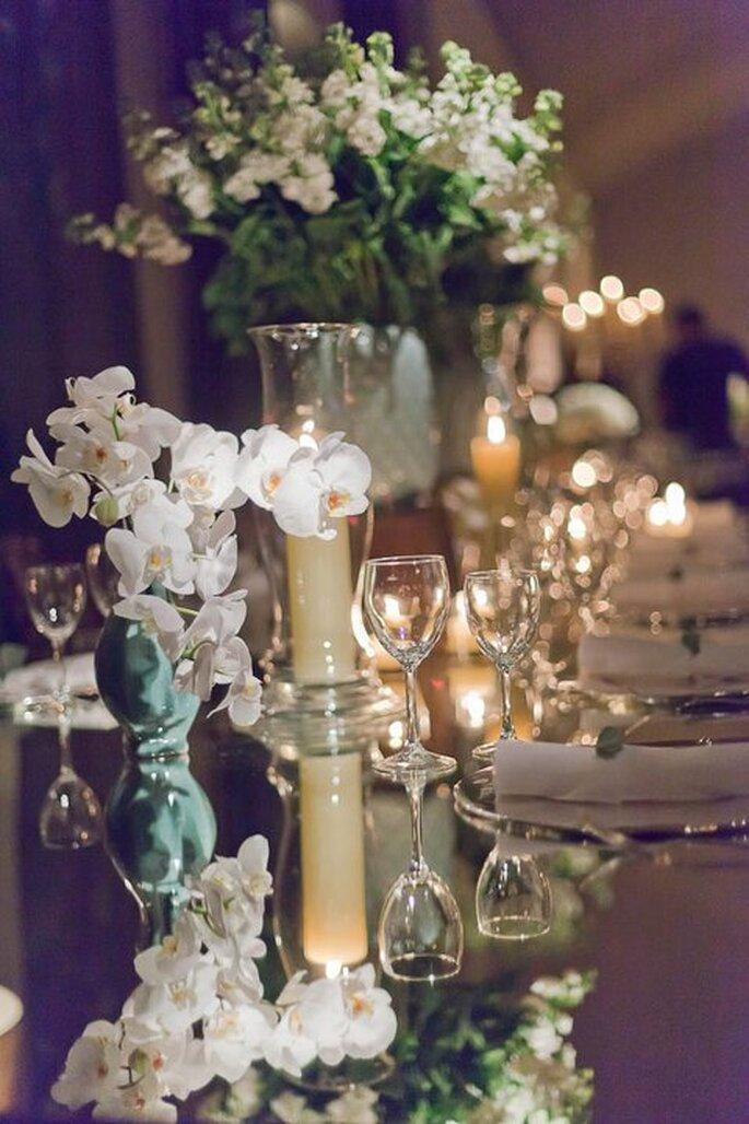 Mesa de boda sin mantel. Fotografía Boutique de Tres