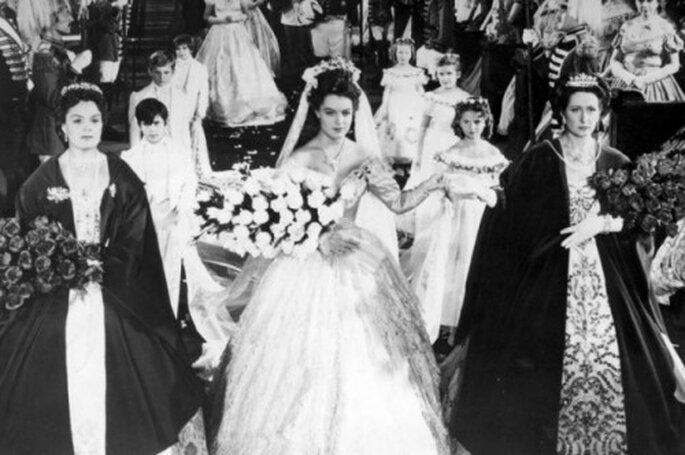 Brautkleider Für Prinzessinen – Heiraten Wie Kaiserin Sissi picture