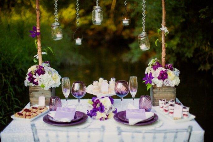 Decoración de boda en Radiant Orchid - Foto Kristin La Voie Photography