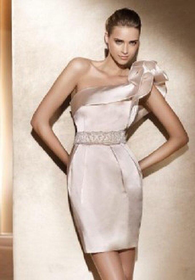 Pronovias Kollektion 2011: Kurzes Brautkleid Trend 2011
