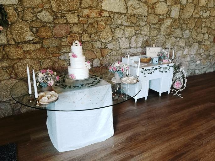 Quinta São Miguel de Arcos. Casamento em Portugal, mesa de bolo