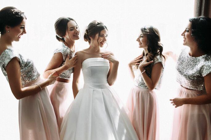 10 tendencias que debes seguir para ser la invitada más fashion en ... f89d24c370b