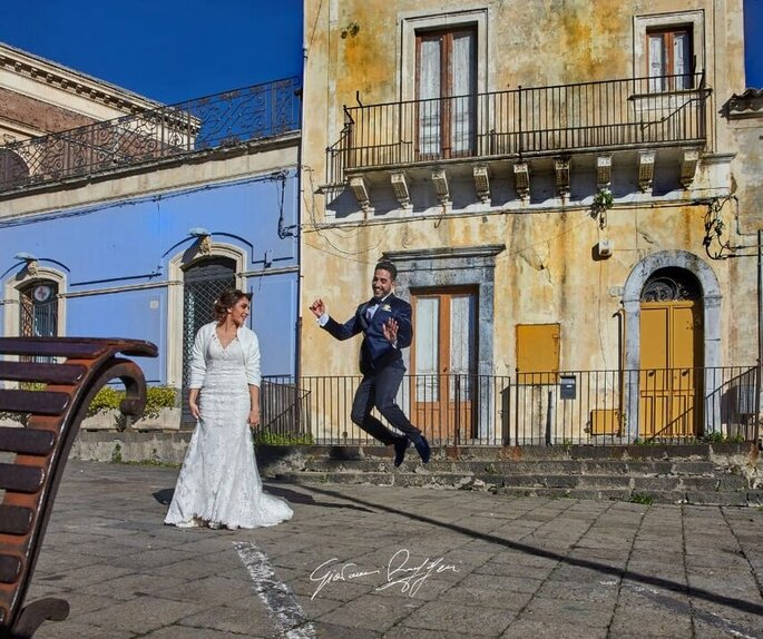 Giovanni Ruggeri Fotografo - scatto sposi in piazza