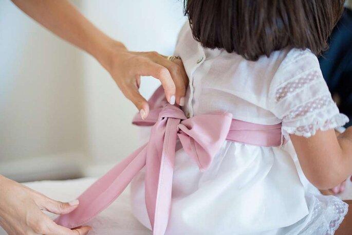 vestido menina com grande laço atrás rosa vestido festa casamento criança