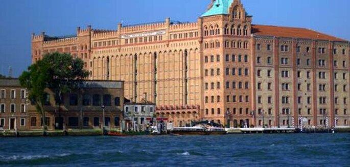 Flitterwochen im spektakulären Hilton Molina Stucky in Venedig.