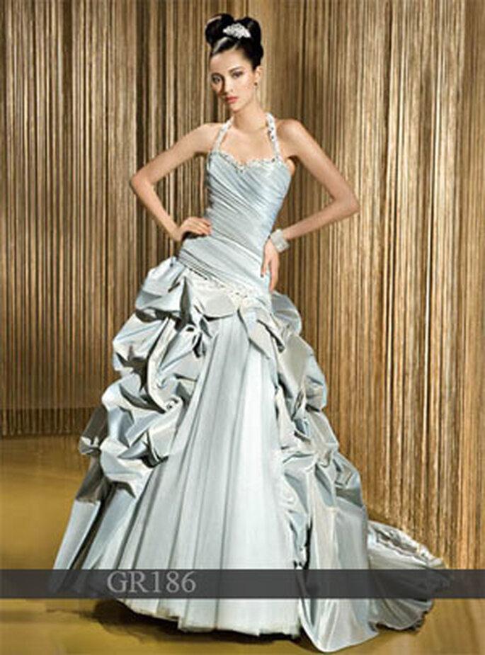 Farbiges Brautkleid von Demetrios