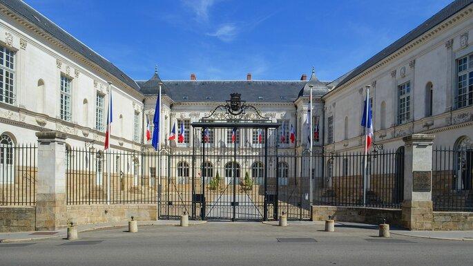 Hôtel de Ville de Nantes - Wikimedia Commons