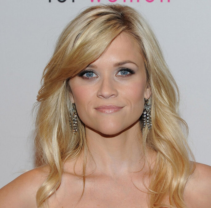 Reese Whiterspoon tem um rosto coração.